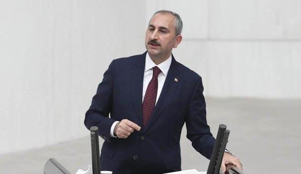Adalet Bakanı Gül: Türk yargısının FETÖ'cü hainlerle mücadelesi devam edecektir