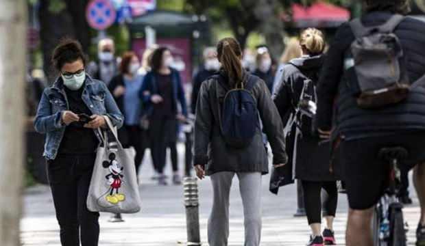 Bilim Kurulu Üyesi Çalışkan: Ailede virüsün yayılma oranı yüzde 60
