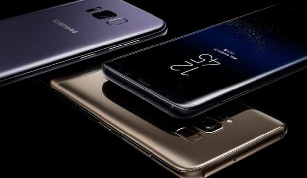 Samsung popüler modelin fişini çekti